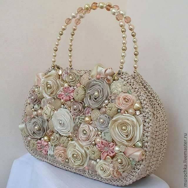 Bellos bolsos de moda para ir de boda